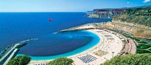 Amadores easy beach while scuba diving gran canaria