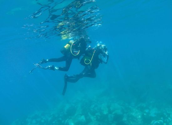 trying scuba diving in gran canaria