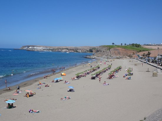 meloneres beach during daytime