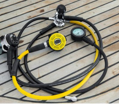 A full scuba regulator set